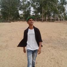 Stunning Rahul
